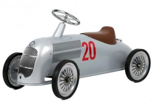 Машинка-каталка Baghera Mercedes-Benz W 25 Silver Arrow